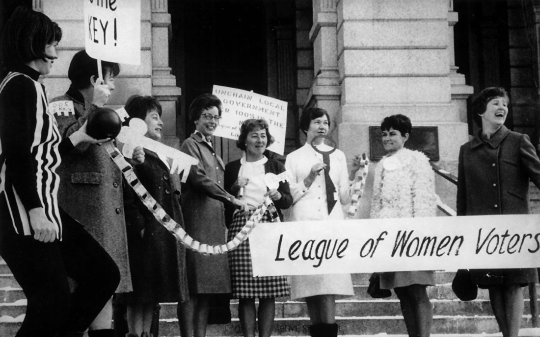 Voting Smart with the League of Women Voters